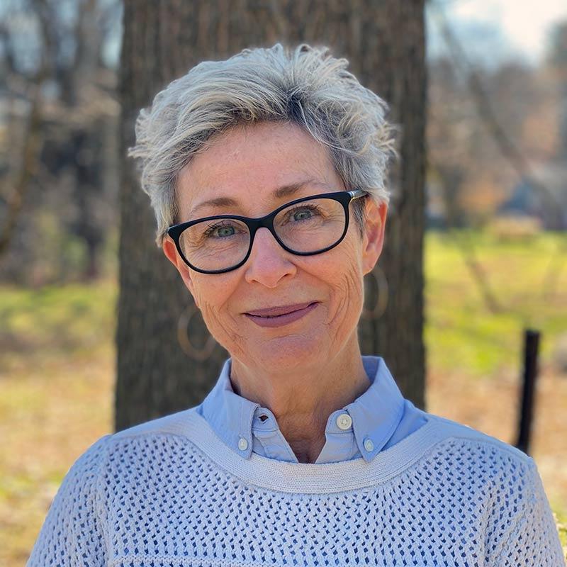 Colleen McKenna Author Headshot
